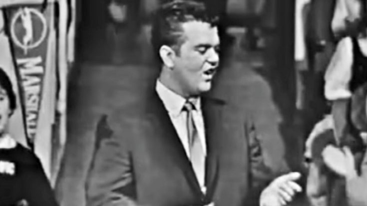 "Young Conway Twitty Charms With Rare ""It's Only Make Believe"" Performance 