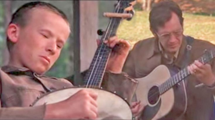 "Talented Musicians Battle It Out In Deliverance's Iconic ""Dueling Banjos"" Scene 
