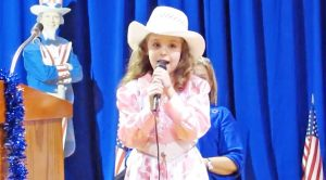Sweet Country Cutie Will Win Your Heart With Dolly Parton's 'Coat Of Many Colors'