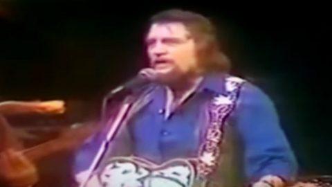 Waylon Jennings Sings 'The Dukes Of Hazzard' Theme 'Good Ol' Boys' | Classic Country Music Videos