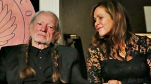 """Seven Spanish Angels"" Tribute Leaves Willie Nelson Fighting Back Tears"