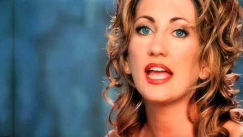 """20 Years Later: Lee Ann Womack Soars To #1 With """"I Hope You Dance""""   Classic Country Music Videos"""