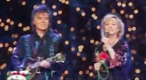 "Marty Stuart & Connie Smith Perform ""Away In A Manger"" At The Opry In 2008"
