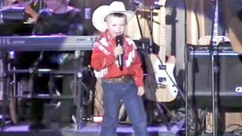 6-Year-Old Boy Sings Hank Williams' 'Your Cheatin' Heart' At Kentucky Opry | Classic Country Music Videos