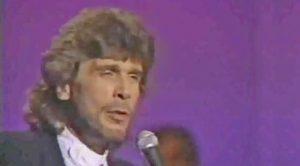 """Eddie Rabbitt Sings The Song He Wrote For Elvis, """"Kentucky Rain"""""""