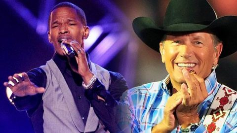 """Jamie Foxx Honors George Strait With R&B Rendition Of """"You Look So Good In Love""""   Classic Country Music Videos"""