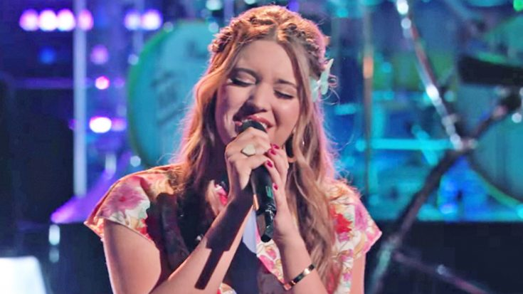 'Voice' Singer Brought Back From Elimination Performs 'Coat Of Many Colors' | Classic Country Music Videos