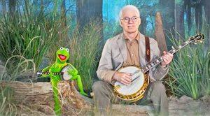 Steve Martin & Kermit The Frog Recreate 'Dueling Banjos' From 'Deliverance'