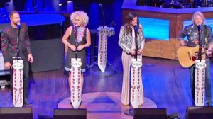 'Jolene' Gets The Country Quartet Treatment That Will Send Chills Up Your Spine