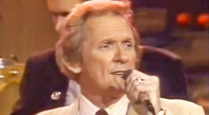 Mel Tillis Sings The Hit Song He Wrote For Kenny Rogers