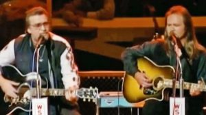 Footage Resurfaces Of Waylon Jennings Singing With Travis Tritt, And It's Perfection