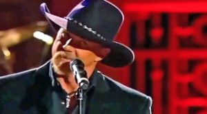 Roger Miller's 'King Of The Road' Earns A Smooth-As-Honey Tribute From Trace Adkins