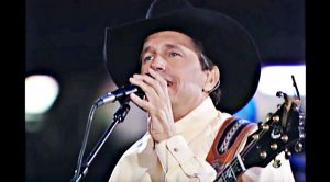"""George Strait Bids Farewell With 2002 Performance Of """"The Cowboy Rides Away"""""""