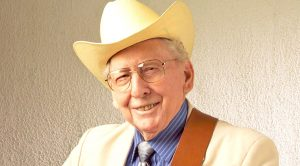 Iconic Bluegrass Hall Of Famer Curly Seckler Passes Away At 98