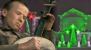 Family Synchronizes Christmas Lights To 'Dueling Banjos' – Every Country Fan Will Love This