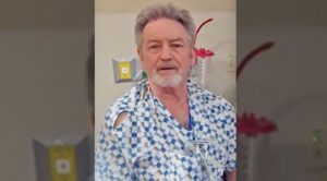 Larry Gatlin Reveals He Underwent Back Surgery