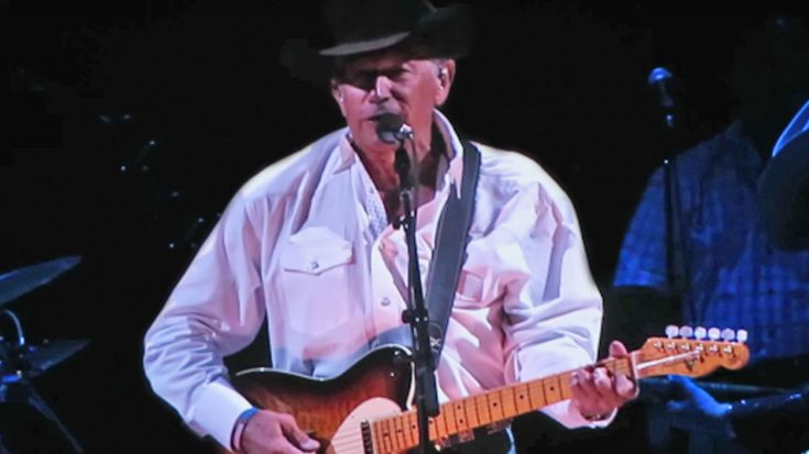 George Strait Performs Merle Haggard's 'Are The Good Times Really Over' For Vegas Crowd | Classic Country Music Videos