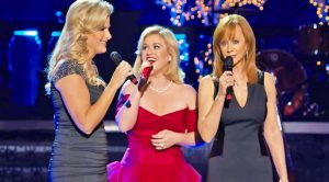 Country's Legendary Ladies Deliver A Breathtaking 'Silent Night'