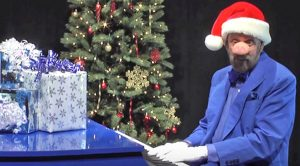 Ray Stevens Does His Best 'Seymour Swine' Impression For Version Of 'Blue Christmas'