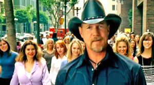 Try Your Best To Resist Trace Adkins' Swoon-Worthy Video For 'Ladies Love Country Boys'