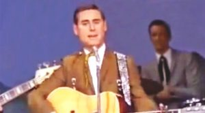 Vintage George Jones Performance Captured In Full Color Footage From 1970 Ryman Show