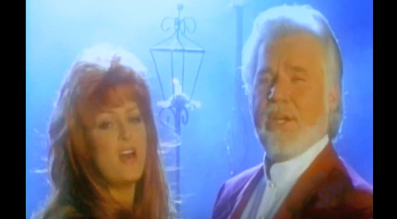 Kenny Rogers & Wynonna Judd Angelically Sing 'Mary Did You Know' In Virtual Duet | Classic