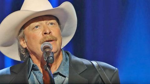 Alan Jackson Breaks Hearts With Haunting 'He Stopped Loving Her Today' At George Jones' Funeral | Classic Country Music Videos