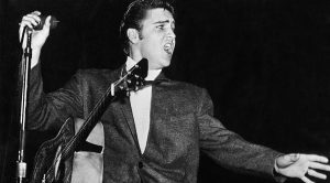 The Bizarre Reason Elvis Never Toured In The U.K. Revealed