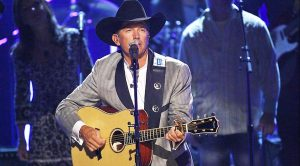 "George Strait's ""She Let Herself Go"" Turns The Tables In A Heartbroken Woman's Breakup"