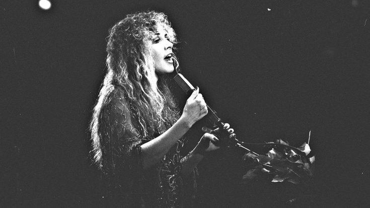 "Hear The Earthy, Raw Cut Of ""Landslide"" From Fleetwood Mac's Early Demo"