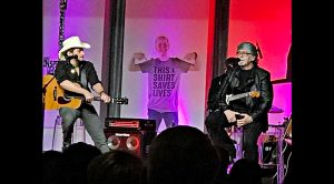 "Brad Paisley & Randy Owen Sing Along With Children In Precious ""Angels Among Us"""
