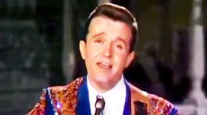 Flashback: Bill Anderson Charms The Crowd With Touching Performance Of 'Still'