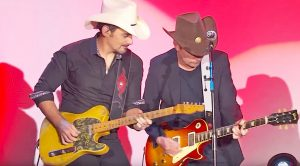 Brad Paisley & Michael J. Fox Jam To 'Johnny B. Goode' At 2017 Gala