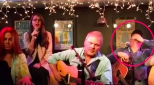 Garth Brooks Driven Speechless After Girl Belts Out His Song Right Beside Him