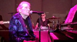 82-Year-Old Jerry Lee Lewis Rocks With Zippy 'Whole Lotta Shakin' Goin' On'