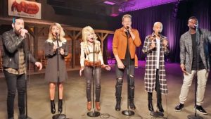 Dolly Parton Joins Pentatonix For An A Cappella Twist On 'Jolene'