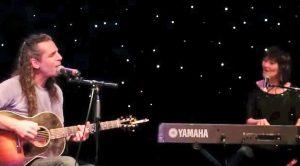 Lari White & Husband Sing Romantic John Michael Montgomery Song She Inspired