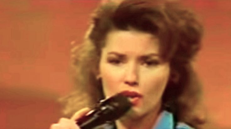'Delta Dawn' Earns A Seriously Sassy Tribute From Young Shania Twain | Classic Country Music Videos