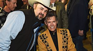 Randy Travis Issues Profound Statement Honoring Daryle Singletary