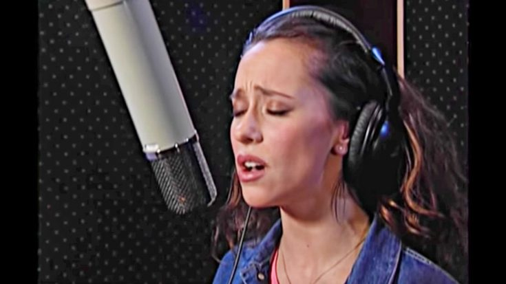 Beloved TV Actress Pulls Off Ridiculously-Good Keith Whitley Cover