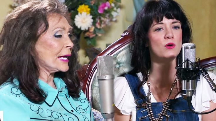 Loretta Lynn Invites Outlaw Singer To Perform Flawless 'Don't Come Home-a-Drinkin"