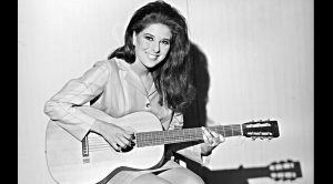 The Real Reason Nobody Talks About Bobbie Gentry Anymore