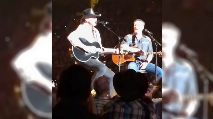 Blake Shelton's Overjoyed Reaction To Trace Adkins Singing 'You're Gonna Miss This' Is Everything | Classic Country Music Videos