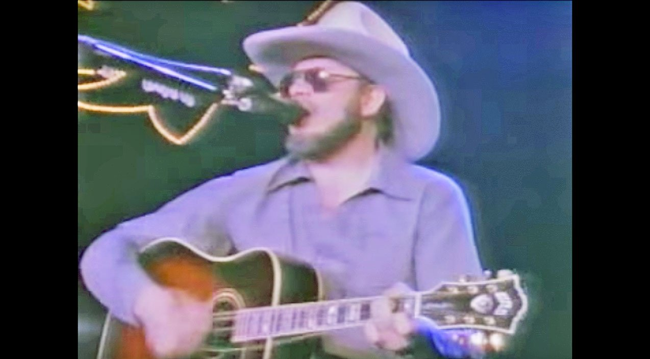 After Guitar String Breaks During Performance Hank Jr Proves How