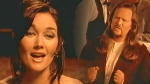 Lari White & Travis Tritt Sing About Lost Love In Video For Their Duet, 'Helping Me Get Over You' | Classic Country Music Videos