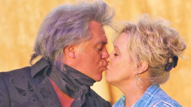 Marty Stuart & Connie Smith's Romantic Duet Shows Just How Much They Love Each Other | Classic Country Music Videos