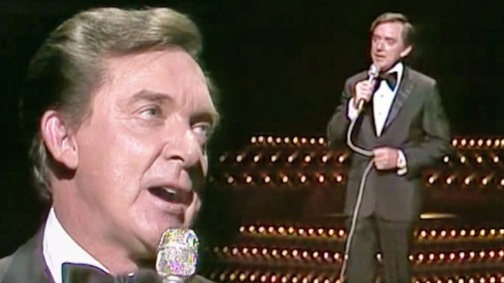 Ray Price Dazzles The Audience With Classy 'For The Good Times' Performance | Classic Country Music Videos
