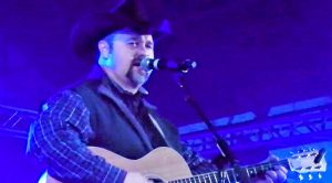 Daryle Singletary Sports Love For Pure Country Music In Cover Of Conway Twitty Classic