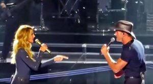 Tim McGraw & Faith Hill Thrill Fans With Aretha Franklin, George Michael Duet