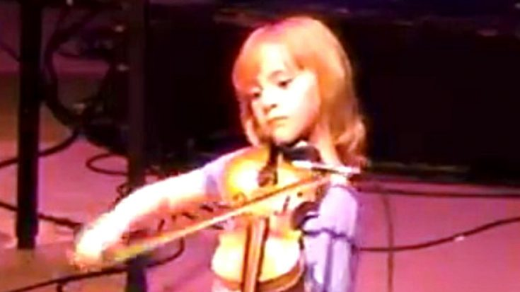 Fearless 7-Year-Old Sports Fiddle-Playing Skills From Out Of This World | Classic Country Music Videos